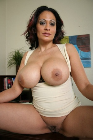 Frer huge tit latina milf porn Busty Latina Porn And Mature Boobs Pics At Big Tits Milf Com