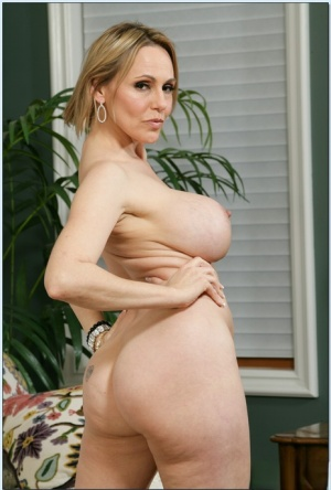 Mature milf big tits nude photos Busty Mature Milf Big Tits Best Sex Pics Hot Porn Photos And Free Xxx Images On Www Melodyporn Com